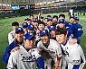 대만전 승리 자축하는 한국 대표팀 셀카