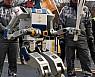 로봇 '휴보'도 봉송했다, 평창 성화···ICT 올림픽 상징장면