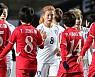 [종합]한국, 북한에 0-1 패배···일본, 중국 꺾고 2연승