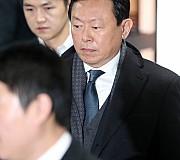 [속보]'국정농단 뇌물' 신동빈, 징역 4년 구형