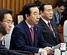 한국당, 법정 다툼 예고 안희정 맹공