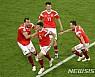 러시아, 살라 돌아온 이집트에 3–1승…16강 유력