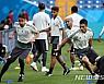 멕시코 대표팀 광적인 응원에 부담감 표출…