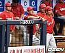 """'5위 탈환' 김기태 감독, """"모든 선수들 힘으로 승리했다"""""""