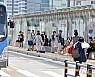 내일 비 내리는 광복절…서울 최고 36도 폭염 여전