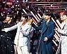 방탄소년단, '2018 MAMA' 4관왕···3년 연속 대상