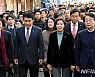 한국당 목포행 지켜본 근대역사거리 주민·상인들