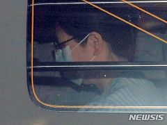 '어깨 통증 호소' 박근혜 전 대통령, 수술 위해 오늘 입원