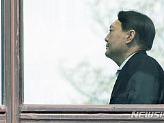 윤석열, 국감 증언대 선다···'조국 수사' 입장표명 주목