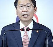 <고침> 사모펀드 최소투자금액 3억 상향···이견은 여전