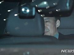 조국, 검찰 재출석 조사···조서열람후 귀가