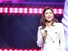 송가인+BTS 진-지민 팬들, 기부 선행 '연말 훈훈한 선행'